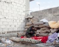 Siria, Ayn al-Arab (in curdo: Kobânê), dicembre 2014 - Cecchina curda Ypg (Unità di protezione del popolo) nel fronte meridionale - foto Lorenzo Meloni
